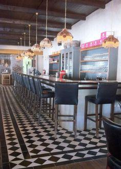 JONKERSHUIS, GROOT CONSTANTIA WINE ESTATE | Venues & accommodation