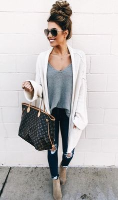 Casual Fashion for Women - Simple yet Chic