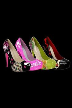 Bratz, Barbie Tink Twilight to all new hights. Hand Painted Heels, Monster High Shoes, Wedge Heels, Stiletto Heels, Beautiful High Heels, Wholesale Fashion, Fashion Shoes, Peep Toe