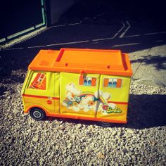 Camping car Barbie Vintage 1971 via LaRabota. Click on the image to see more!