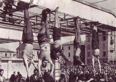 Clara Petacci, Musolini, su chofer y un hermano de Clara, fusilados por la resistencia Italiana en 1945.  Estas escenas, horrorizaron a Hitler y decidió dos dias despues suicidarse con Eva Braum
