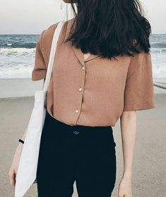 Korean fashion summer casual · image in kfashion collection by ㅇㅈㅇ on we heart it casual korean outfits, korean casual Korean Fashion Trends, Asian Fashion, Look Fashion, Fashion Design, Korean Spring Fashion, Summer Outfits Korean, Trendy Fashion, K Fashion Casual, Casual Korean Outfits