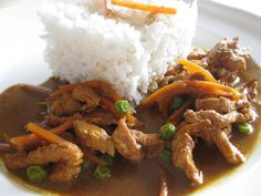 Thai-Curry (KRUPS Prep and Cook) Rezept: Schalotten,Curry-Paste,Putenstreifen,Kokosmilch,Erbsen,habt,Kaffirlimettenblätter ,Sojasoße,Zitronensaft,Zucker,Hühnerbrühe Krups Prep&cook, Prep & Cook, Thai Curry, Pulled Pork, Prepping, Beef, Vegan, Cooking, Ethnic Recipes