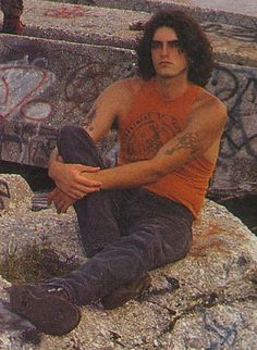 I can't change my fucking username for some reason, or my bio and I'm pissed. Why don't you just take this this photo of a young Peter Steele and I'll just admire everything about him in this picture like the lonely piece of shit I am. Type 0 Negative, Alexi Laiho, I Hate Boys, Doom Metal Bands, Peter Steele, Daddy Long, Metallica, Thrash Metal, Green Man