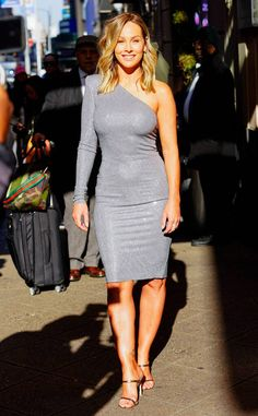 Clare Crawley from The Big Picture: Today's Hot Photos Time to shine! The newly announced Bachelorette is glowing in a silver dress at Good Morning America in NYC. Stunning Women, Beautiful Gorgeous, Clare Crawley, Christie Brinkley, Silver Dress, Timeless Beauty, Big Picture, Hottest Photos, Girl Crushes