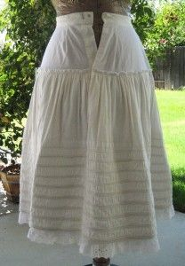 Corded petticoat with yoke to reduce bulkiness at the waist, historicalsewing.com