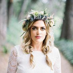 Lavender Flower Crown Simple Flower Crown, White Flower Crown, Floral Crown, White Flowers, Wax Flowers, Lavender Flowers, Wedding Looks, Bridal Looks, Bridal Hairdo