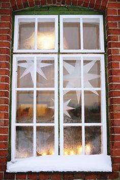 Kotivinkki Joulu / Photo: Kaisa Rautaheimo Christmas Feeling, Nordic Christmas, White Christmas, Winter House, Wonderful Time, Finland, Advent, Angels, Wings