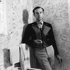 "Cecil Beaton at home ..."" He asked guests to draw round their hand and sign it."""
