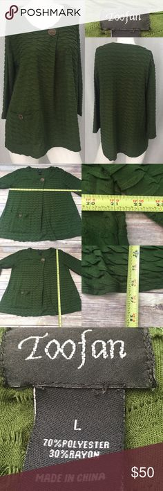 🏝Large TOOFAN Green Textured Ruffle 1 Botton Top Measurements are in photos. Normal wash wear, no flaws. A3/31  I do not comment to my buyers after purchases, due to their privacy. If you would like any reassurance after your purchase that I did receive your order, please feel free to comment on the listing and I will promptly respond. I ship everyday and I always package safely. Thanks! TOOFAN Tops