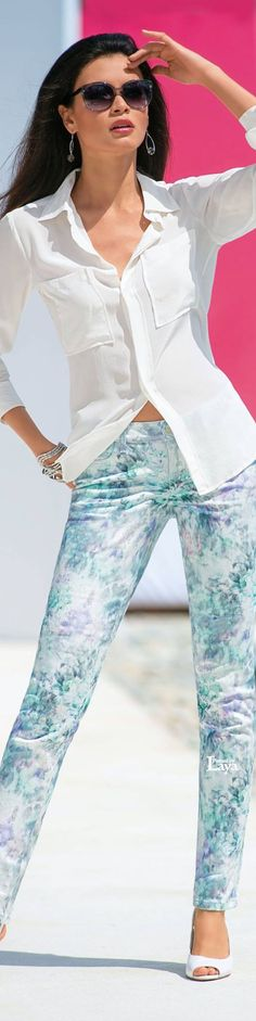 Love the colors in these jeans! ♔LAYA♔MADELEINE♔