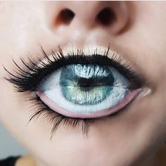 "1,088 Me gusta, 20 comentarios - Atarah Mayhew (@atarahmayhew) en Instagram: ""Rate this 1-10?!? Fourth Eye  By @diana_moisa  inspired By @jennamarbles • • FOLLOW :>>>…"""