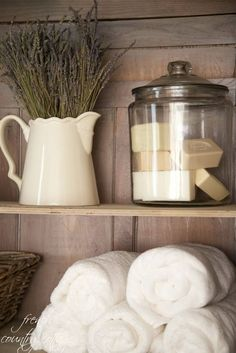 How to style shelves | Image via frenchcountrycottage.net