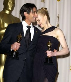 """Adrien Brody - Best Actor Oscar for """"The Pianist"""" and Nicole Kidman - Best Actress Oscar for """"The Hours"""" 2003"""