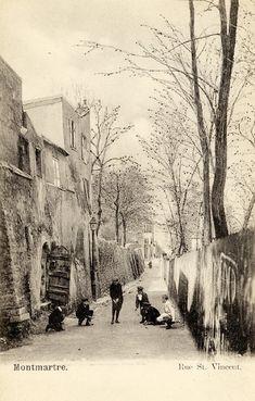 Paris, Rue St Vincent, Old Montmartre Montmartre Paris, Paris Cafe, Old Pictures, Old Photos, Vintage Photos, Paris 1900, Paris France, Paris Vintage, Saint Vincent