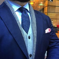 Hylozoist. #navy #vbc #suit #cardigan #uniqlo #scarf and #pocketsquare #drakeslondon #tie #vandafineclothing #sartorial #menswear #mensstyle #mensfashion #mensclothing #instastyle #mensaccessories #sprezzatura #businesswear #businessattire #bespoke #wiwt #ootd #tailored #tailoring #blue