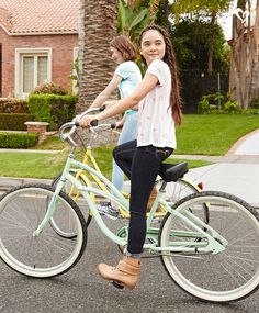 Grab your fave swingy top, roll up your denim cuffs and hit the road to a fab new school year!