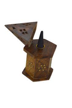 Räucherkegelhalter Hippie Style aus Holz