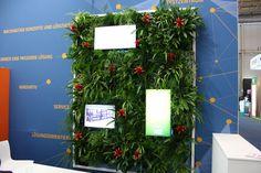 Wand mit Pflanzen, vertikale Dekoration für Messestand, Integration von Bildschirm für Präsentation, Sonderanfertigung auf der Internorga, #vertikal #plants, #decorations for #fair