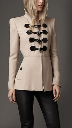 Burberry - WOOL BLEND DUFFLE JACKET