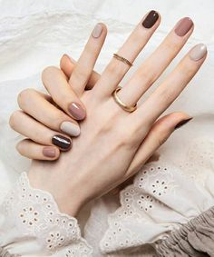 30 The Best autumn Nails Ideas You Must Try - Page 19 of 30 - Phoenixöö Classy Nails, Stylish Nails, Trendy Nails, Cute Nails, Cute Simple Nails, Casual Nails, Pretty Nail Colors, Elegant Nails, Simple Colors