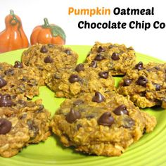 Pumpkin-Oatmeal Chocolate Chip Cookies | Love to be in the Kitchen