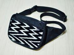 Сумка Поясная Нейлон Влагостойкая Зигзаг. Ручная работа.  http://crafta.ua/ #craftaua #handmade #bag #unisex #сумка #waistbags #ручнаяработа #унисекс #сумкабанан #бананка #пояснаясумка