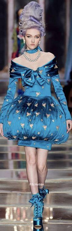 Fall Winter, Autumn, Karlie Kloss, Pastels, Moschino, Runway Fashion, Harajuku, Bows, Couture