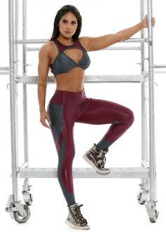 bc92ab01c Legging Decisive em Cirrê. Legging Decisive em Cirrê - Donna Carioca - Moda  fitness com preço de fábrica
