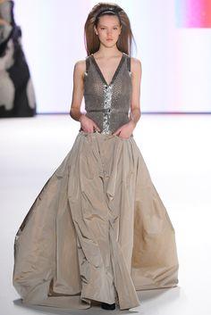 Carolina Herrera Fall 2012 Ready-to-Wear Fashion Show - Josefien Rodermans