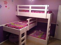 Three Little Ladies...A blog I follow with a triplet bunk bed idea I can really use with my 3 little ladies as well