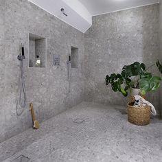 Rustic Bathroom Shelves, Bathroom Shelf Decor, Beach Theme Bathroom, Bathroom Inspo, Modern Bathroom, Bathroom Ideas, Guest Bathroom Remodel, Guest Bathrooms, Bathroom Wall Panels