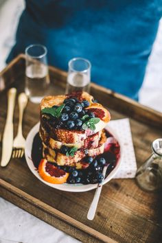 Blueberry French Toast in Bed — College Housewife