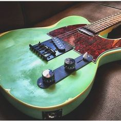 Bruno Jaraujo's green apple. #foxeyguitars #guitar #guitars #electricguitar #stratocaster #telecaster #lespaul #guitarporn #guitarist #guitarplayer #bass #bassguitar #music #musical #singer #singing #song #band #rockband #rockmusic #rock #rocknroll #metal #hardrock #wood #wooden #handmade #art #artist #beauty