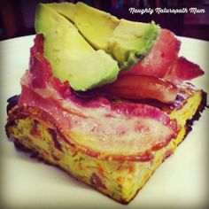 While doing the diet, I have been experimenting with quick and easy heat-up breakfasts. I am a HUGE fan of the Zucchini slice and modified Read Banting Recipes, Paleo Recipes, Cooking Recipes, Savoury Recipes, Paleo Diet Plan, How To Eat Paleo, Paleo Zucchini Slice, Bacon Zucchini, Light Recipes