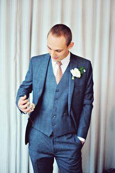 sharp groom. love his suit!