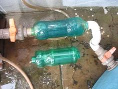Foto: Aplicação do filtro. A água passa da direita para a esquerda. O segundo…