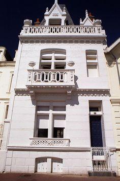 Les Sables d'Olonne, Pays de la Loire, France Poitou Charentes, Reims, Visit France, Rich Girl, Oh The Places You'll Go, Architecture, Villas, Centre, Wall Art
