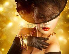 Donna di lusso su Casa Golden Background