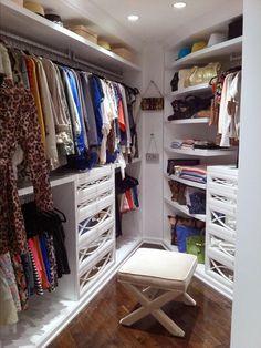 HGTV - Kendall Kyle Jenner - Glamorous walk-in closet with white built-ins, mirrored . Le Closet, Closet Vanity, Dressing Room Closet, Master Closet, Closet Bedroom, Closet Space, Walk In Closet, Dressing Rooms, White Closet