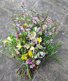 Floral Tributes – Camomile & Cornflowers Funeral Flower Arrangements, Funeral Flowers, Table Arrangements, Funeral Caskets, Casket Flowers, Casket Sprays, Funeral Tributes, British Flowers, Sympathy Flowers
