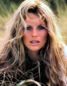 Kim Basinger was one of Hollywood's most in demand leading ladies in the 90's. Ya think !