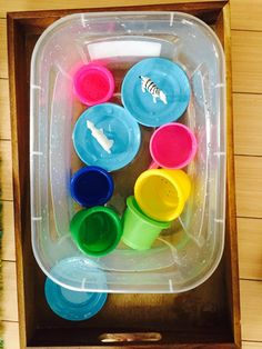 Water play, 20 activities for 12-18 months old, 20 play ideas for toddlers, activities for one year old, montessori activities for a toddler, development promoting activities for toddlers, activities for 13 month old, activities for 14 month old, activities for 15 month old, activities for 16 month old, activities for 17 month old, activities for 18 month old, activities for a toddler, activities for one year olds, activities for two year olds