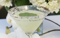Recipes: Low-Calorie St. Patty's Day Cocktails