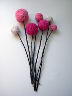 Colorful Pom Pom Crafts that Would Leave You Transfixed Pom Pom Crafts are not only fun to make but are as colorful as the mind of your child. Check out colorful and wow Pom Pom crafts here. Pom Pom Flowers, Felt Flowers, Diy Flowers, Crochet Flowers, Quick Crafts, Diy And Crafts, Crafts For Kids, Arts And Crafts, Pom Pom Crafts