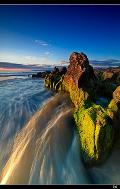 Barrera Natural (Natural Barrier) Galicia, northeast región of Spain. Photo Tours, Places To Travel, Places To See, Wonderful Places, Beautiful Places, Color Of Life, Culture Travel, Nature Pictures, Beautiful World