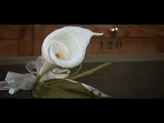 07 - Making a flower (Calla) with Crêpe Paper by Cartotecnica Rossi - YouTube