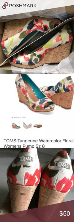 ♥️ TOMS beautiful watercolor floral wedges / pumps • like new ✨ condition ( worn once indoor) • true to size 8  • so versitile & extremely COMFORTABLE !!! • comes with original box & packaging  • stock photo for style reference Toms Shoes Wedges