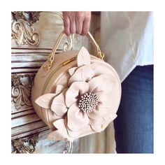* Incroyable * • @pompa_rosa  www.pomparosa.com • +(57)3007731495 • . . . . . .  #pomparosa #floral #flower #rose  #fashion #style #cute… Leather Backpack, Backpacks, Flower, Bags, Style, Fashion, Pink, Totes, Handbags