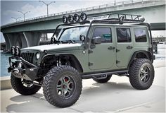 Jeep Wrangler, CEC Wheels, Matte Military Green wrap
